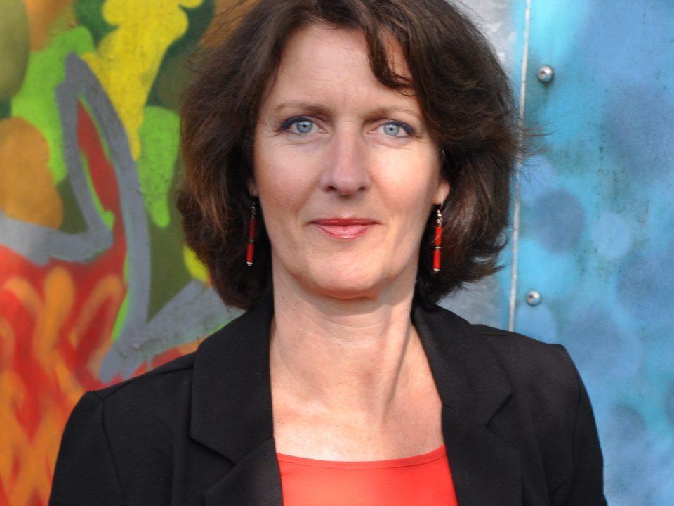 Karin Tooren